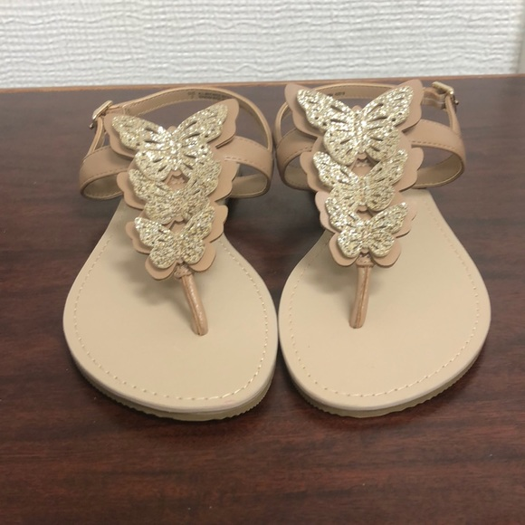 Children's Place Other - NWOT girls children's place sandals size 2